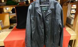 Men's button-up size L leather jacket with removable liner, inventory #142168-1. Price of $99 includes all taxes. ***SPECIAL OFFER*** - Mention in our store you saw this ad on Used Victoria, and receive an additional 10 percent off our all-inclusive