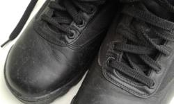 Original SWAT black lace boots. Good used condition. Some scuffs as shown but lots of wear left Posted with Used.ca app