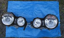DEPO No 440-1117MLDHEM OEM No L:1D9007380-051, R:1D9007380-061 A pair of gently used very good condition halogen headlight assemblies. I acquired these for my 1998 Mercedes E320, will fit other years.