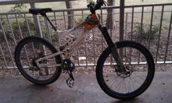 Eric Carter Dh bike Trade for a cross country Shock needs rebuild