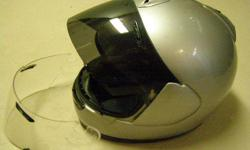 Arai Quantum size Medium with 2 shields - clear & tinted. Snell & D.O.T. approved (safer then D.O.T. only) Old but clean.