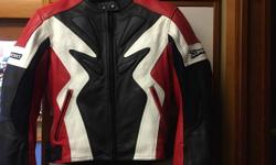 Joe Rocket Women's Motorcycle Jacket - Size Medium Like new - Seldom Worn Real Leather - Well Padded for Protection OBO