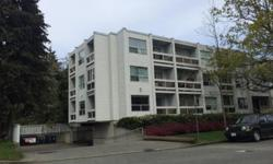 # Bath 1 Sq Ft 744 # Bed 1 Oakwood Manor - Stewart and Vancouver Ave location. Walk to downtown. 1 BR, 3 balconies, Southern Exposure - top floor - end suite. One bedroom, one bathroom condo in the perfect location! Located close to the picturesque