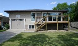 # Bath 2 Sq Ft 1344 MLS 578334 # Bed 5 399 Dalgliesh Drive is a one of a kind, updated custom bi-level in a fantastic location within walking distance to Elementary Schools, High Schools, public transit and all North Regina amenities. This home is perfect