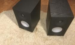 Pair of black Atoms Vrs 7 in nice shape. Grills incl.