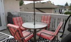 """42"""" round patio table with 4 chairs and umbrella"""