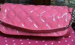 DARLING LITTLE PINK PURSE SUITABLE FOR EVEN A LITTLE GIRL, MAKE A NICE CHRISTMAS PRESENT