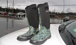 Pods Womens Boots Neoprene Fair Condition
