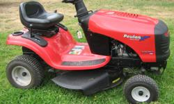2010 Poulan XT lawn tractor/mower Gear drive 12.5 hp - 30 in. 344 cc Very good condition Low hours