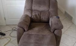 Power lift chair and recliner only used a couple months has battery back up. In the picture it looks like is a greyish brown but its just brown. Would like 800 but open to offers
