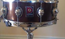 !0 lug Premier, original Birch Genista, Made in England mid 90's. Not the same as current Genista drums. Root beer sparkle. Puresound snares, hazy 300 snareside. Awesome original snare throw, Very solid, very cutting snare drum. Beautiful shape. Holler