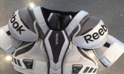 $75 OBO Brand new never worn Reebok platinum NHL series. Men's medium