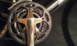 """23"""" road bike like new. 650 obo"""