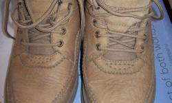 Rockport walking shoes, size 7 1/2, tan color, like new