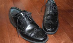 Wingtip style waterproof comfort system men's shoes, size 10.5. Worn 4 or 5 times. Excellent shape. Over $120 new.