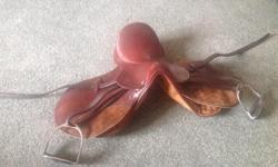 "This is a DERWENT by Cavalier...IMPERIAL 14"" This is a good entry level saddle... Includes everything in the picture... GOOD PRICE... THIS SADDLE HAS NOT BEEN ON A HORSE...it was used for a display..."