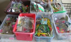 """(((Open this ad to view all that is listed.))) SALT WATER FISHING LURES. I have lots of lures at mostly between $.50 and $3.00 each. I have added lots of NEW & USED. All in very good to NEW condition. Its a house number so texting will not work. """"""""DO"""