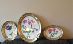 Oval frames with velvet back will display your needlepoint or photos beautifully. Perfect condition.