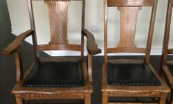 Set of 5 antique chairs in great condition. Wood and leather.