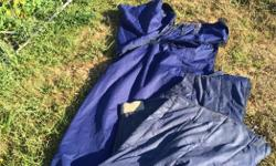 """Shedrow 3-1 sz 82"""" blanket set has detachable neck cover, stable blanket! Awesome set. Needs a small repair on main blanket and waterproofing."""