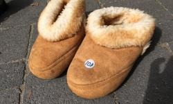 Real sheepskin, great condition. Super cozy for winter!!