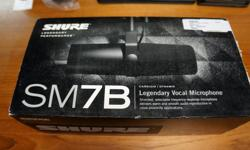 Barclay's Exchange has a Shure SM7B Legendary Vocal Microphone Comes with box and Instructions/Manual Barclay's Exchange has Twitter & Instagram Follow us for our latest items and sales Twitter: BarclayExchange Instagram: Barclays_exchange New Arrivals