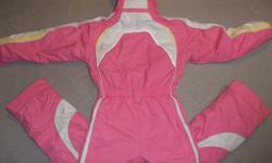 Looking for a size 10 Obermeyer one piece snowsuit just like the one on the picture. Thank you :-)