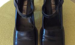 SIZE 7 LADIES SHOES BY LAURA BELLARIVA - ITALY, STACKED CHUNKY HEELS, VELCRO CLOSURE ON STRAPS, MINIMALIST DESIGN LOOKS FABULOUS WITH BLACK, OR GOTH IF YOU LIKE, HARDLY WORN AT ALL, ONE LITTLE DING ON THE BOTTOM SOLE OF ONE SHOE, OTHERWISE IN PERFECT