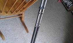 Scott Catalyst Series 2, 121 cm downhill. Aluminum alloy, made in Italy. A few scratches, but otherwise in excellent condition. Shafts and baskets clip together for easy carry.
