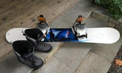 Men's Base Boots size 11 Pro II Flow Bindings Ride Board Timeless 159cm Barely used. Will deliver for free.