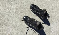 Size 10.5 Under Armour soccer/rugby cleats. Like new.