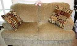 I'm selling a set of Sofa and Loveset almost brand new .I bought 1500.00 in the pas 7 months .It come with 4 cosens .Please for mor infor:call my cell :(604)7833134   peter Peter