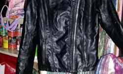 Leather jacket with unique angle zipper