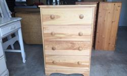 this is a really nice dresser in like new condition. the drawers all slide like new. its from a non smoking no pets home. I can deliver. 250 208 3174