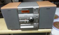 IF YOUR LOOKING FOR A STERIO FOR YOUR BEDROOM/WORK PLACE/OR LIVING ROOM,THIS SONY AM/FM RECEIVER WITH BUILT IN CASSETTE/C.D AND VIDEO OUT ,COMES WITH FACTORY REMOTE/PLEASE PHONE 250-741-7777 THANKS ( JUST REDUCED TO $75 FIRM )