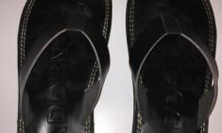 Size 11(black) barely worn, like new