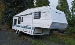Take a look at this 27 foot clean 5th wheel.  Used very little and offered at a super price.  Fully loaded and less than 4500 lbs for easy transport. New listing.  Call Lawrence 604-574-9555.