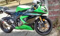 2013 Kawasaki Ninja 636R. Very Clean, never raced or layed down. 6900 Km. Aftermarket exhaust power command unit.
