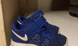 Great condition Toddler Nike's size 4