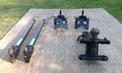 Heavy duty equalizing bars and hitch for a trailer. Excellent condition.
