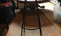 Black leather top vintage bar stool. In nice condition.
