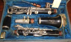 "**Check out my huge selection of vintage items and collectibles!** Click ""View seller's list"" in the user profile section of this ad. ----------- Price firm . . . . . . ----------- musical instruments, boosey & hawkes, wooden clarinet, made in england"
