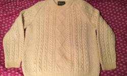"Made in Scotland Edinburgh Tartan Shop CA06813 100% Wool Size 44 27"" L 24"" W Armpit to Armpit 30"" L ? Sleeve Length from Collar"