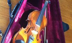 2005 Gliga 1/4 size violin comes with bow, and case