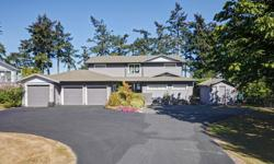 # Bath 5 Sq Ft 3641 MLS 369728 # Bed 4 Absolutely beautiful 26,000+ sq.ft waterfront property w/lovely home raised & rebuilt to high quality standards in '04. Upon entering you are welcomed w/high ceilings & natural light to compliment the perfect water