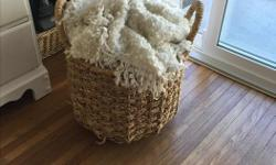 cute whicker basket. Perfect condition
