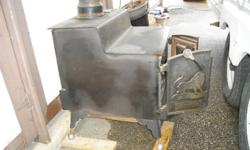 Wood burning stove certified   Used very little needs new brick liner.