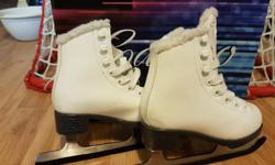 Jackson Cameo CS1120 Figure Skates, size youth 9. Bought last year. $25.00 obo.
